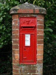 E7R wall box, 1900s, Sussex. Ray Smith