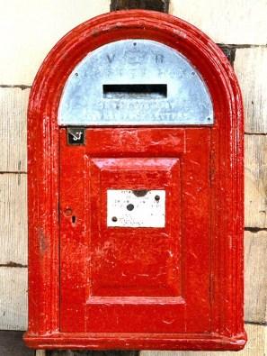 VR 'Bracket' box, 1880s, Powys. Martin Robinson