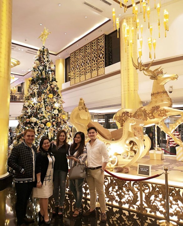 Dexter Yang (Rightmost) celebrating Christmas together with his family.