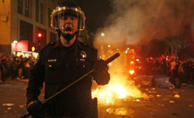 cop at a san fran riot