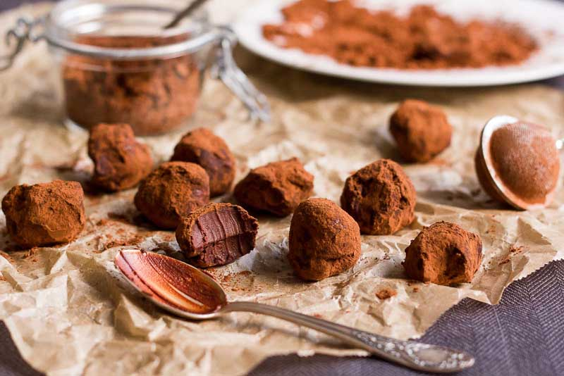 trufe, bilute de ciocolata cu cacao