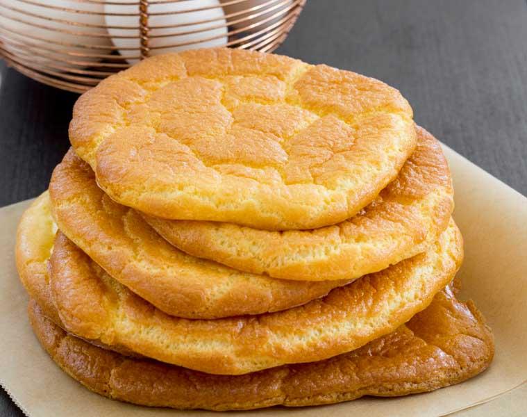 oopsies paine cu branza philadelphia si oua, perfecte pentru dieta LCHF, paine lchf sau keto