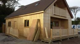 Side door ramp and decking balustrade