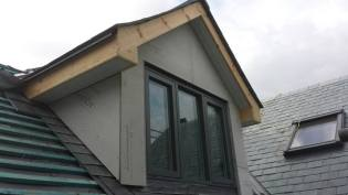 Wood fascia and sofet