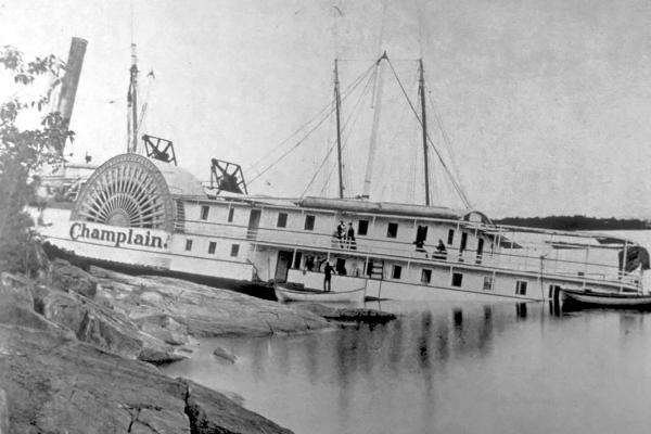 Champlain II Aground
