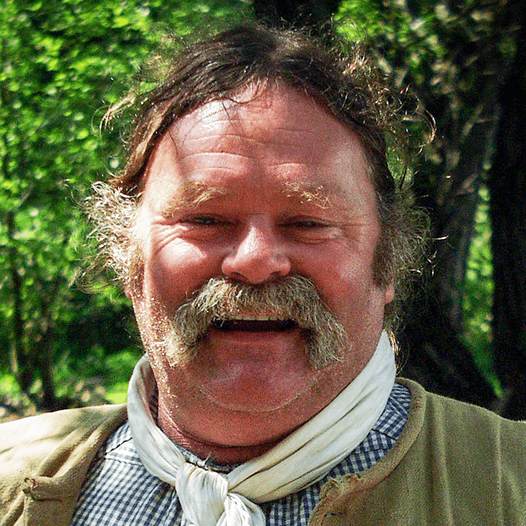 Image of Dale Henry