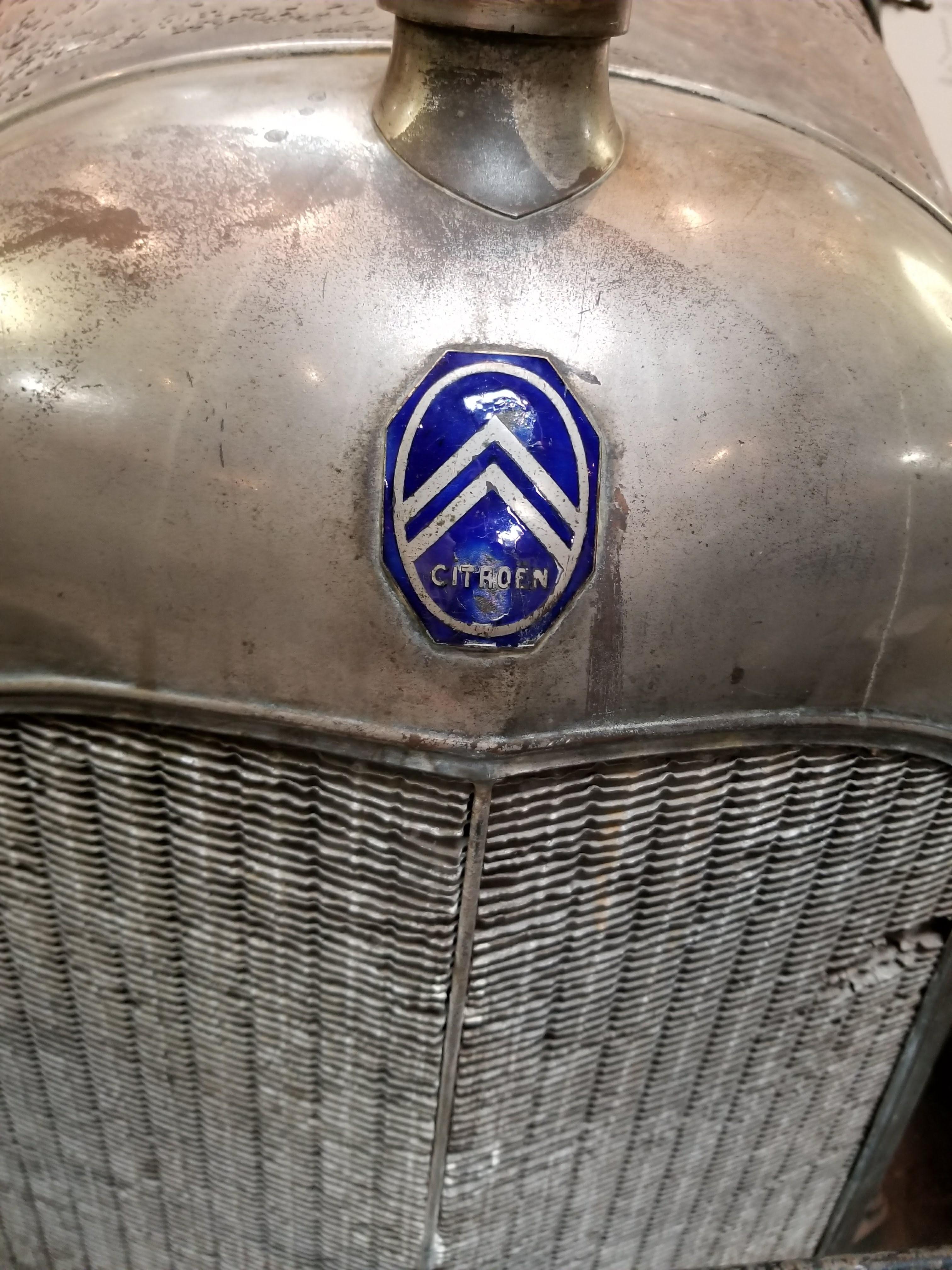 Citroen Chevron Logo