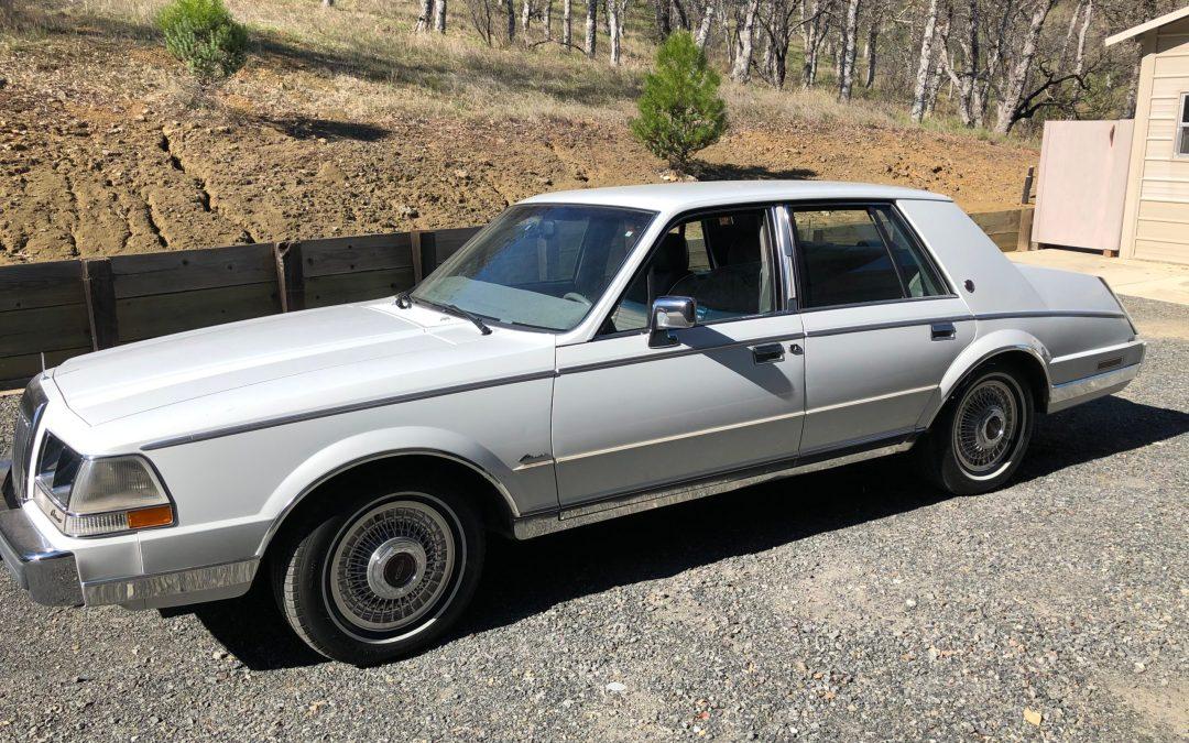 1986 Lincoln Continental Sedan Sold