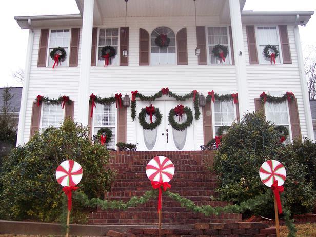 Christmas Exteriors - South Florida  (1/6)
