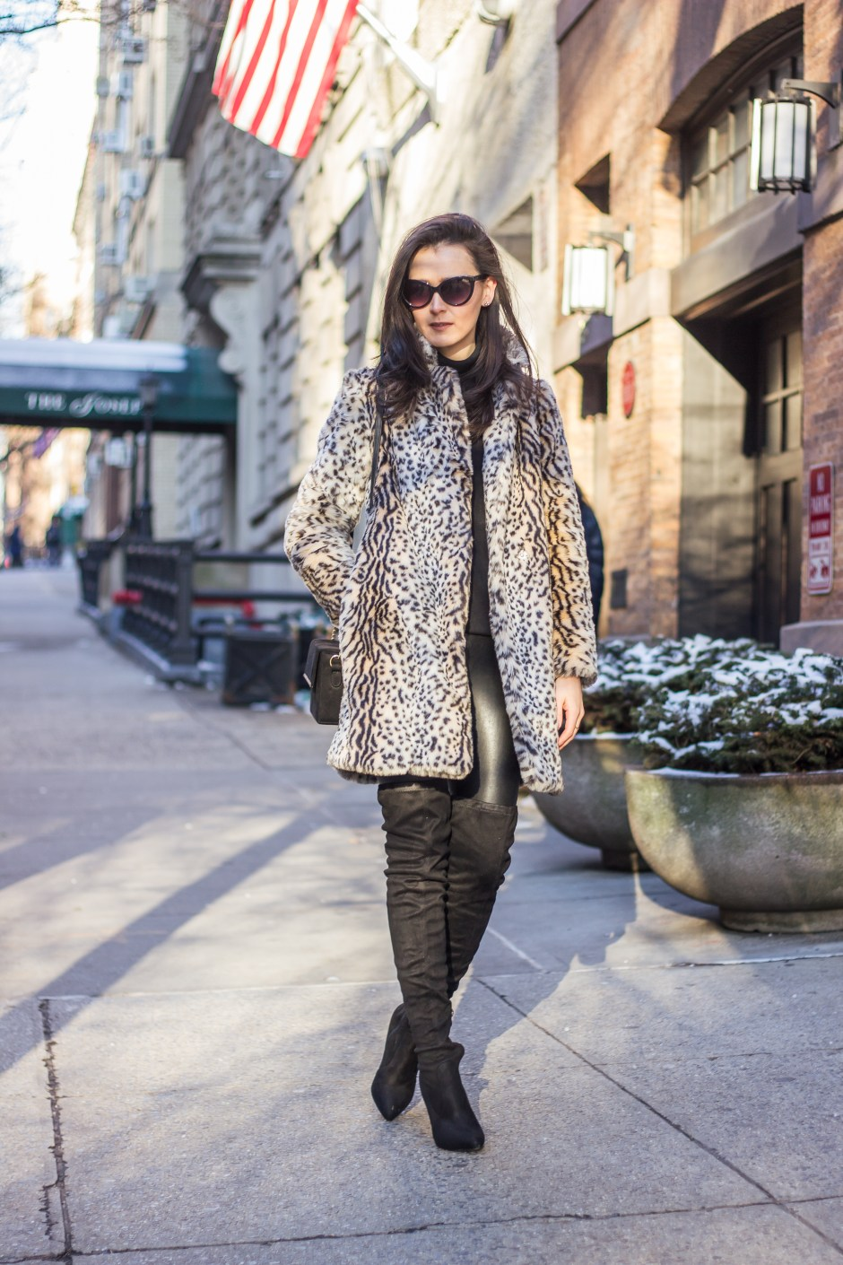 NYC Blogger: faux fur coat and over the knee boots 8