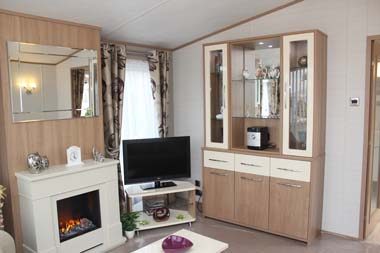 Carnaby Willow - The DAB and TV station in the lounge