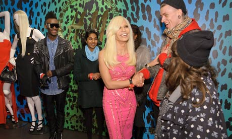 Donatella-Versace-meets-s-007