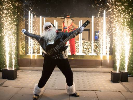 Selfridges reveals Christmas window display