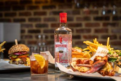 BEEFEATER NEGRONIS ON THE HOUSE AT BURGER & LOBSTER 28