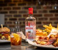 BEEFEATER NEGRONIS ON THE HOUSE AT BURGER & LOBSTER 76