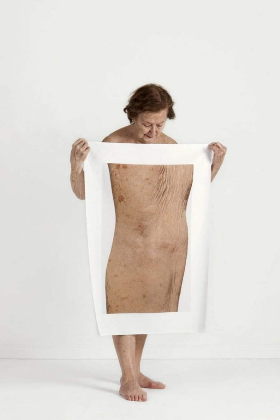 # Meltem Isik大尺寸的身體局部圖:讓你以不同視角檢視自我 9