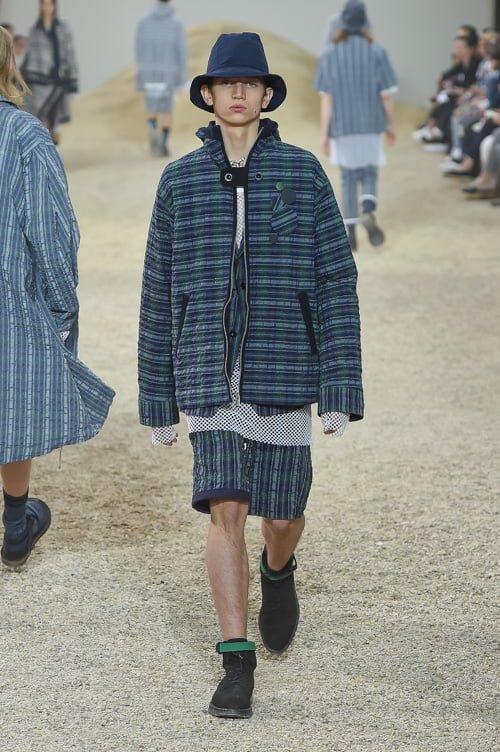 # Sacai 2017男裝春夏新款 :以不同面料打造出前衛自我感 30
