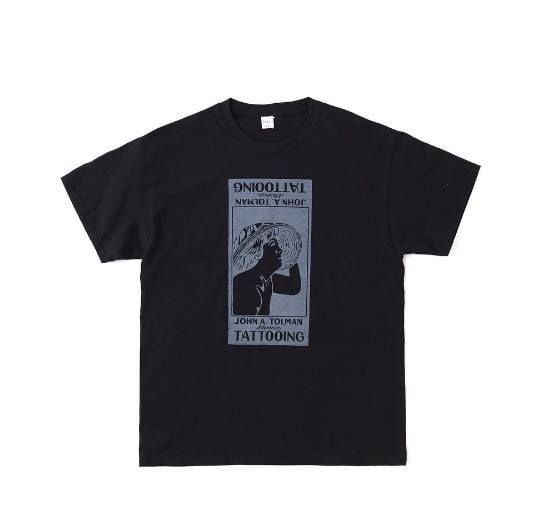 "# 品牌御用藝術家比内直人黑派 T-Shirt:Old Joe & Co. - ""Billboard"" Print T-Shirt 4"