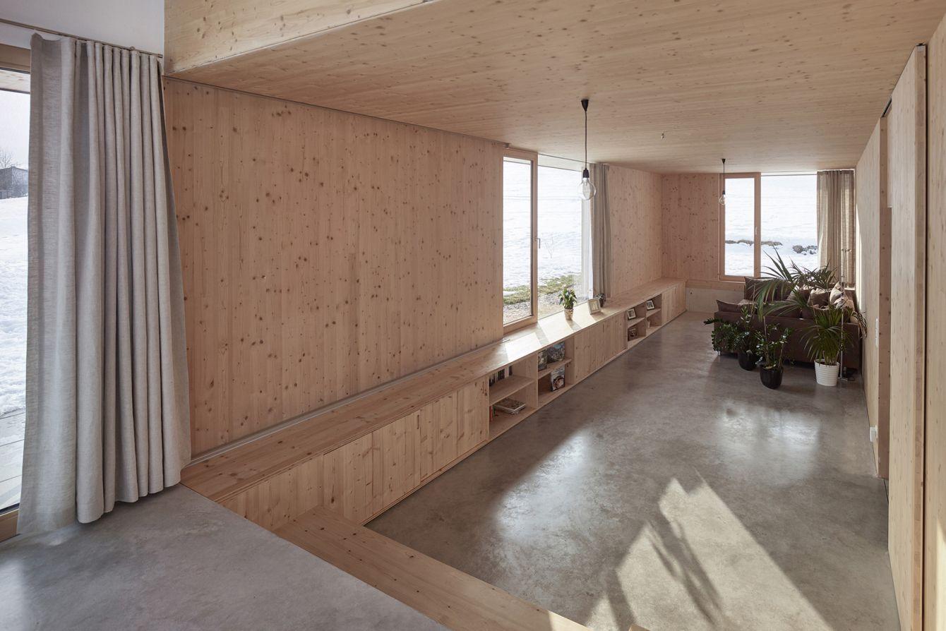 # House With Gable:位於奧地利山區的極簡風格住宅 3