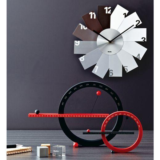 # 這圓圈物體竟然是萬年曆:Moma Magnetic Perpetual Calendar 8