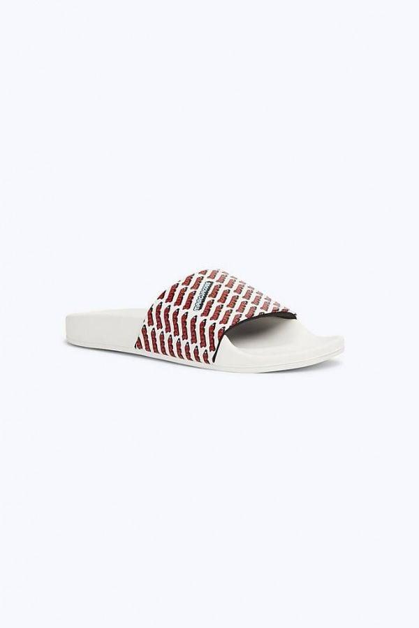 # In Your Shoes 002:最適合大熱天的拖鞋時尚,炎炎夏日來一雙吧! 19