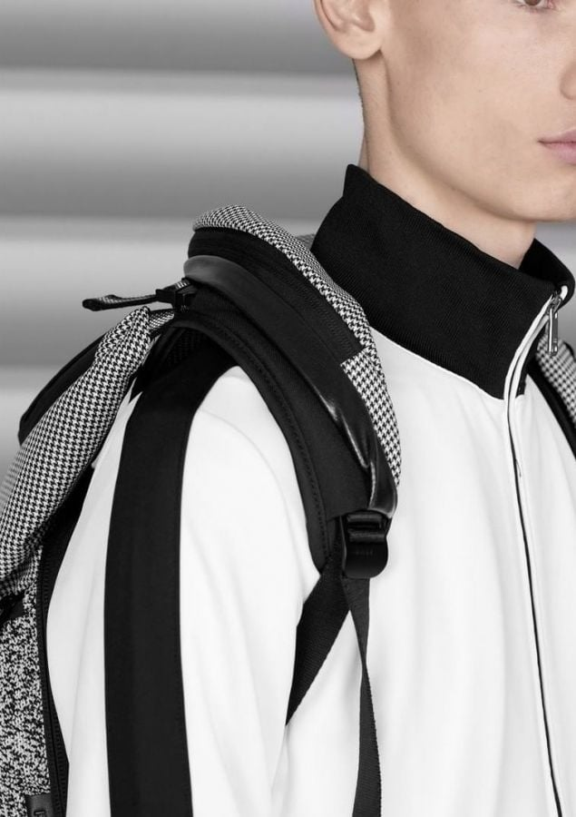 # Bag Yourself 011:原來還可以這樣設計!特殊拉鍊走向包款給你不一樣的面貌! 10