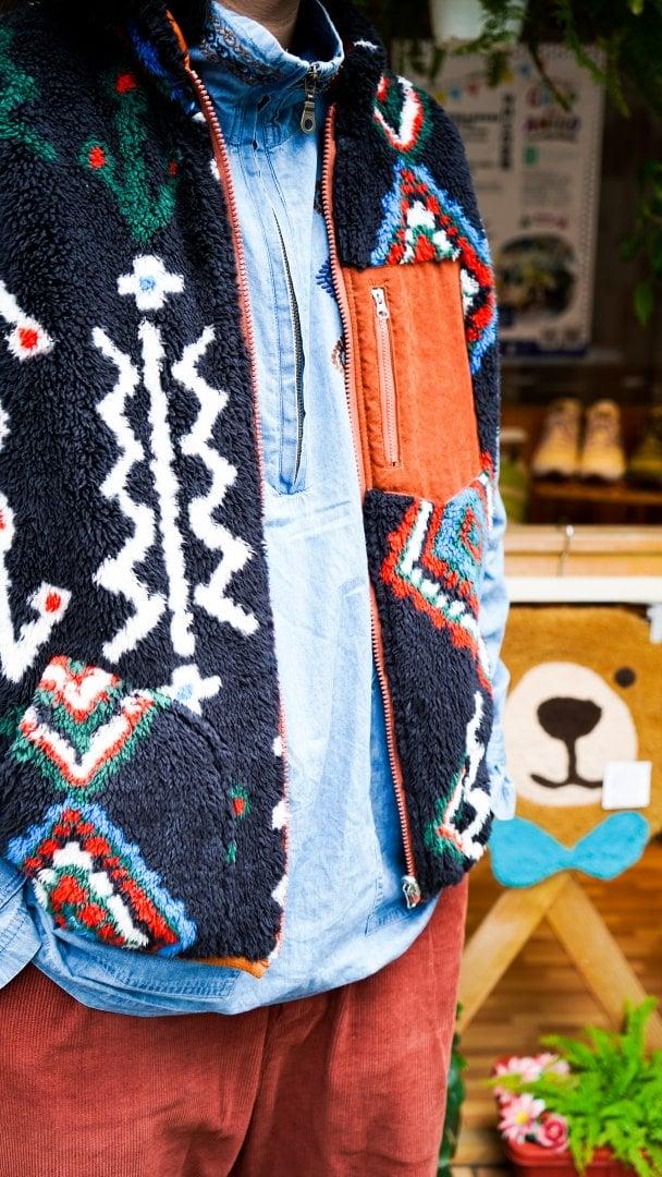 # Shop Staff Snap:溫差好幫手,善用背心打造冬季層次穿搭 1