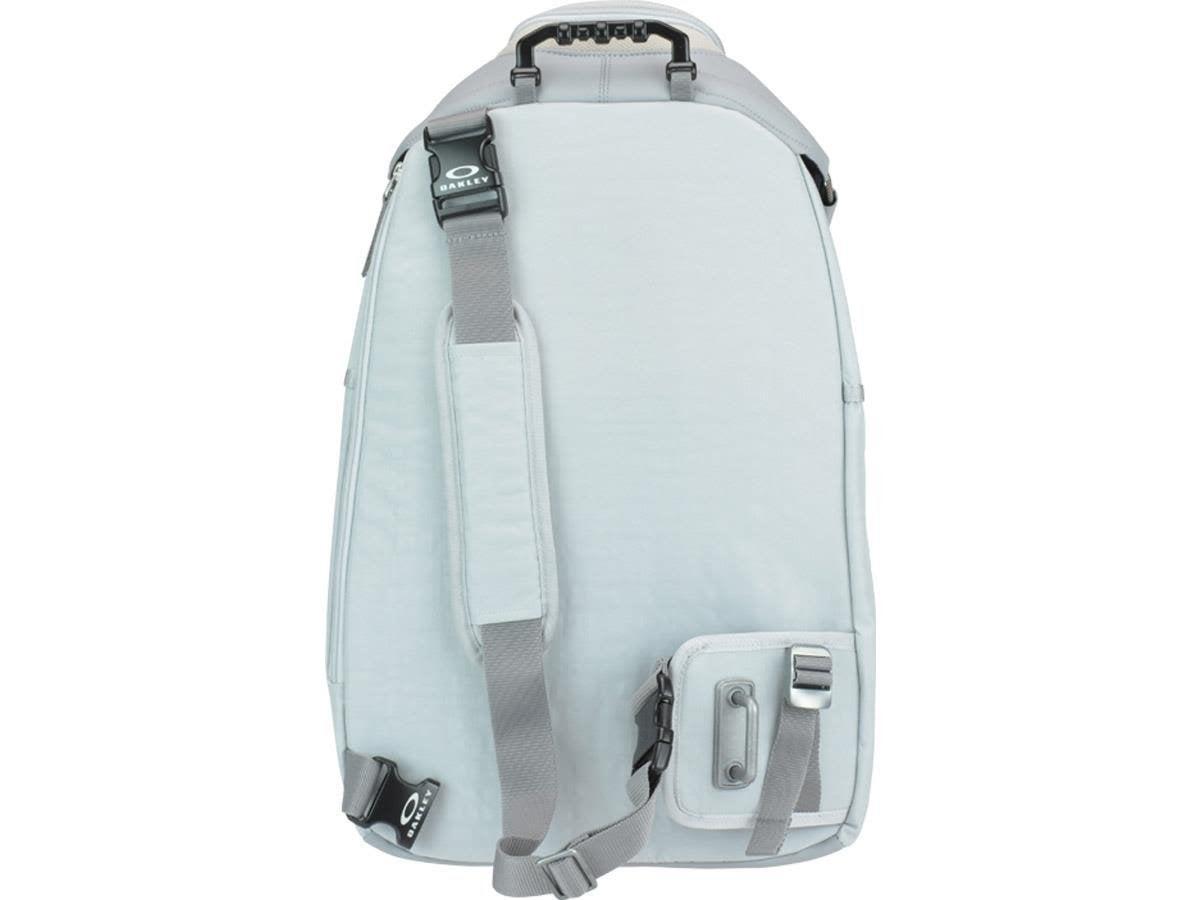 # Bag Yourself 024:看膩普通的 Daypack 了嗎?那就來顆掀蓋式後背包吧! 3