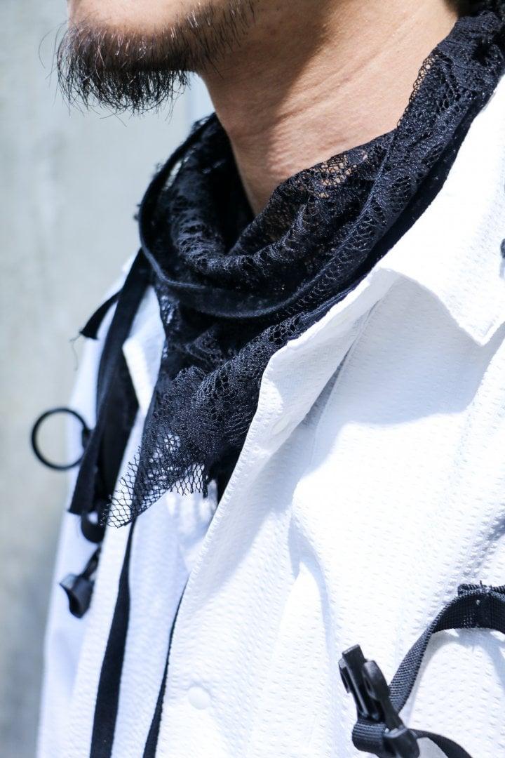 # Shop Staff Snap:當正經八百的黑白西裝服混入街頭 1