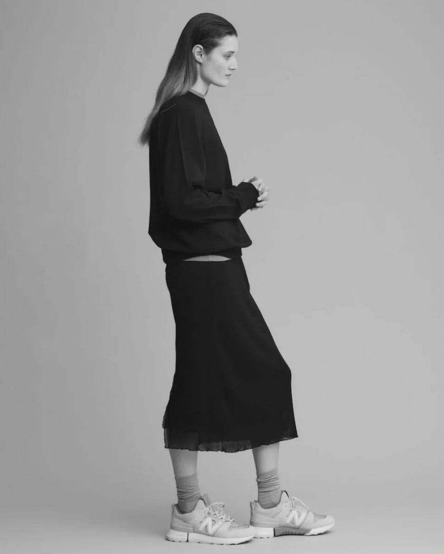 # 自然簡約跨界合作:人氣服飾品牌 Auralee 攜手 Tokyo Design Studio New Balance 推出聯名系列 10