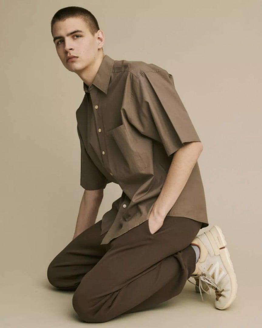 # 自然簡約跨界合作:人氣服飾品牌 Auralee 攜手 Tokyo Design Studio New Balance 推出聯名系列 2