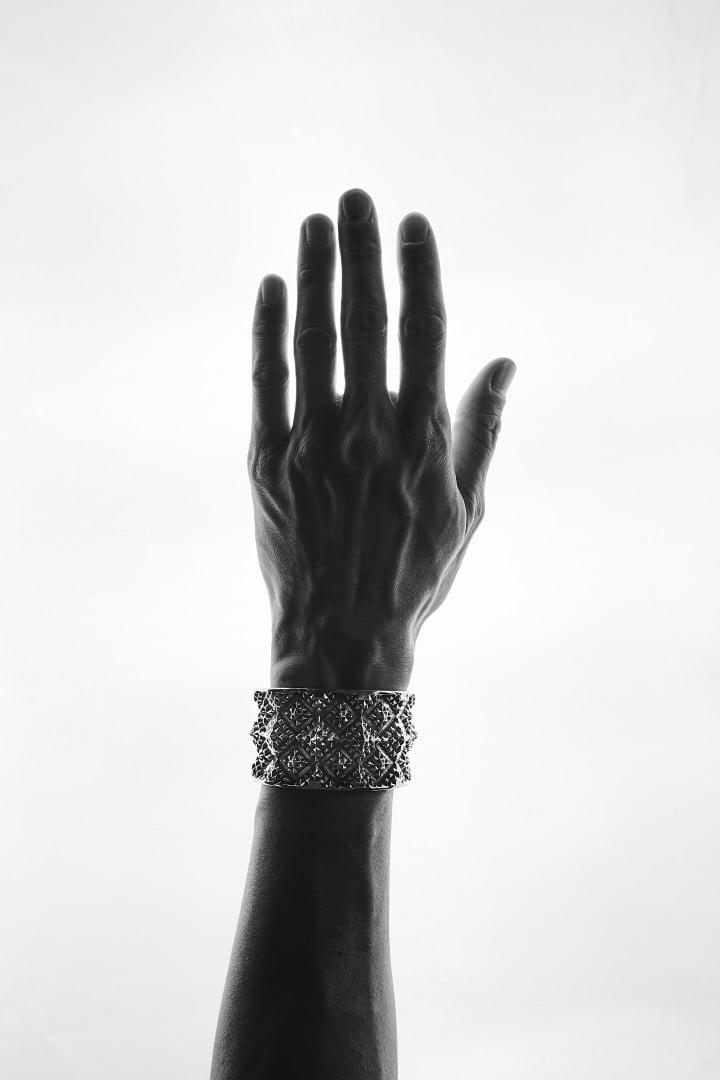 # 延續鮮明風格:新銳銀飾品牌 Natural Instinct 2019FW 釋出 10