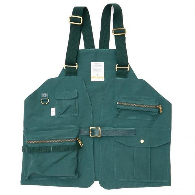 # 是背心也是包袋:日本品牌 AS2OV 推出 CAMP VEST 打造機能質感背心 13