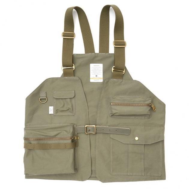 # 是背心也是包袋:日本品牌 AS2OV 推出 CAMP VEST 打造機能質感背心 10