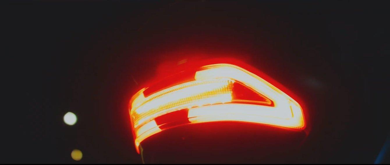 # 繼承 gogoro 2血液:YAMAHA EC-05電動機車即將上市 5