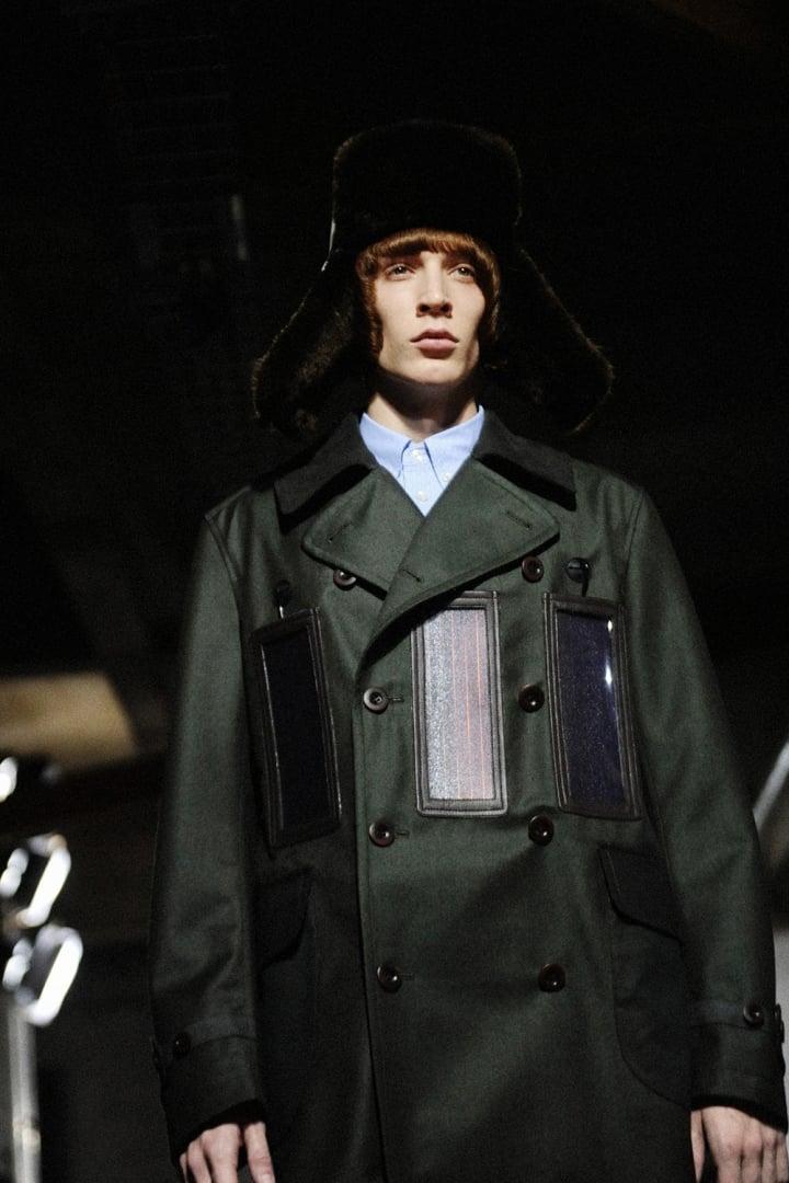 # 現代人必備神器:有了這外套,當個貨真價實的「人體發電機」 16