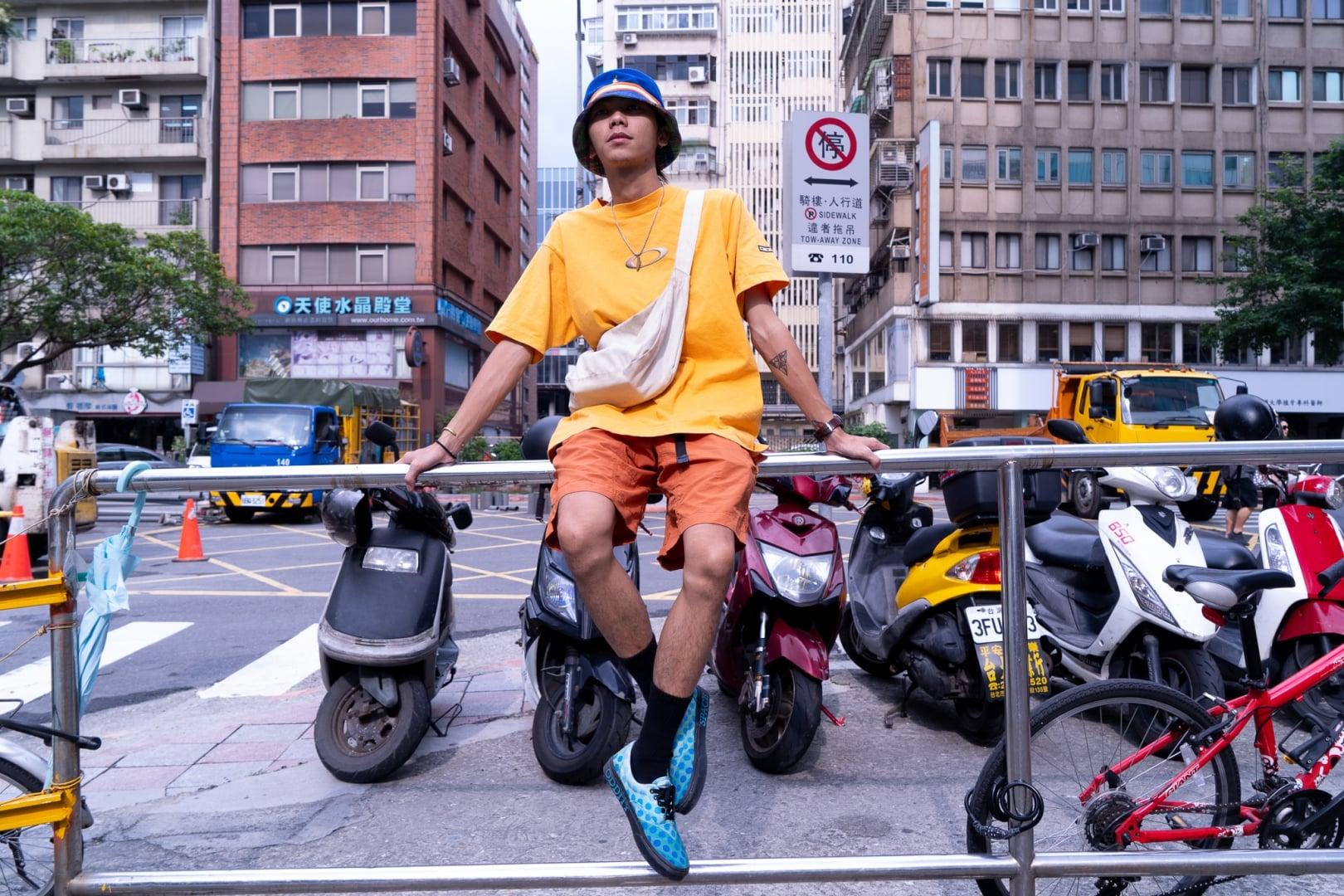 # Seek And Snap:穿梭於這個都市中不入主流也不失自己風格 3