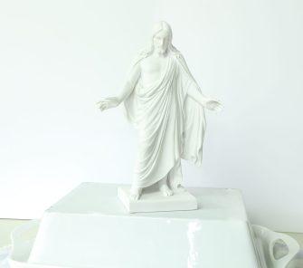 Christus Statues