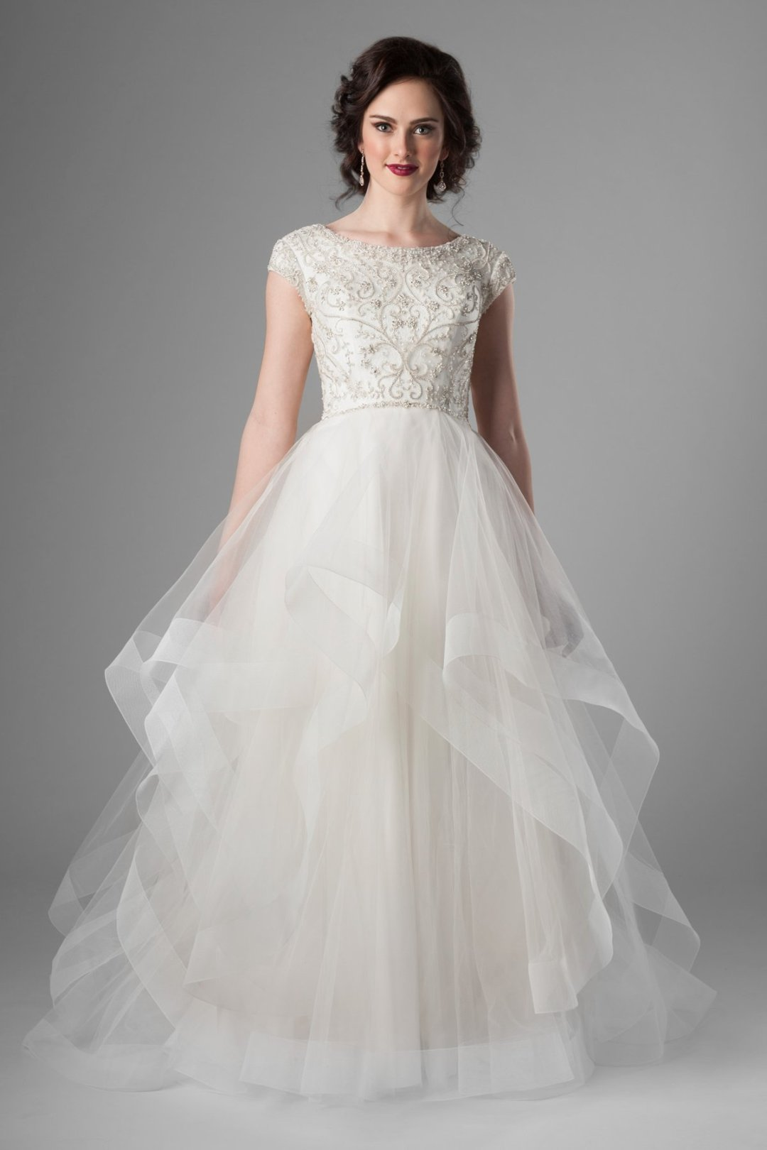 25 Modest Ball Gown Wedding Dresses - 3