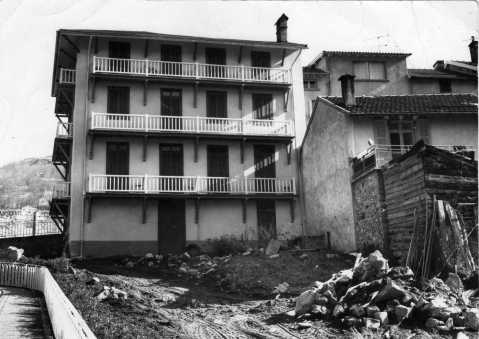 Le Chalet 1974 construction du restaurant