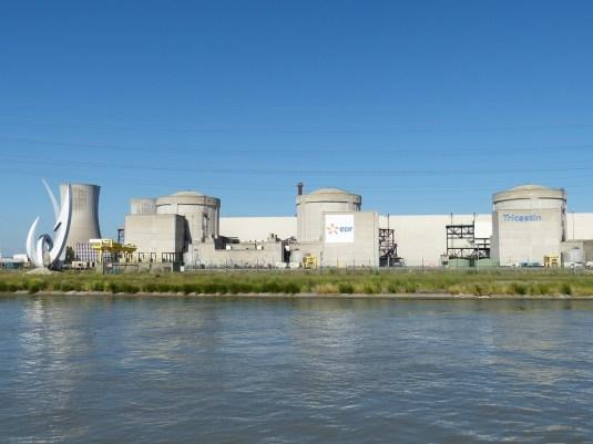 Doutes sur la sûreté des réacteurs nucléaires prolongés au-delà  de 40 ans