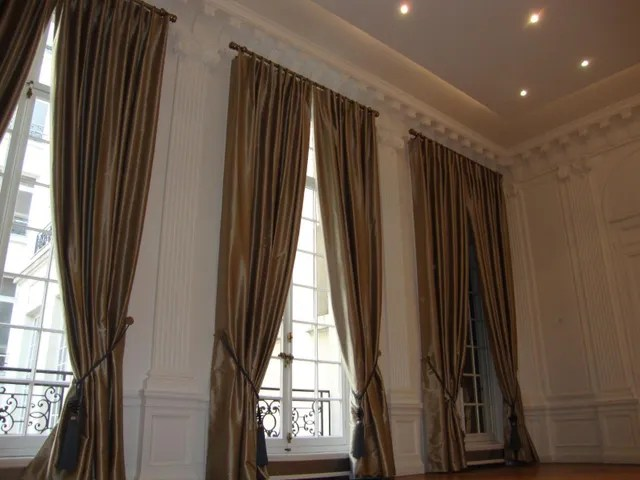 tringles stores rideaux tapissiere