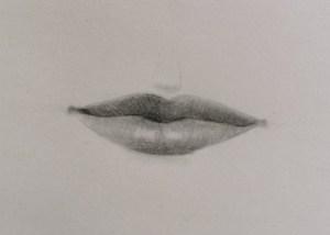 Dessin de bouche réaliste au crayon