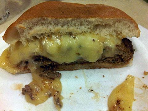 Media hamburguesa con queso del Kali