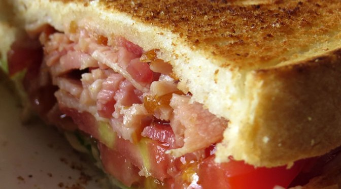 BLT: Tocino, Lechuga y Tomate
