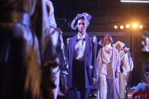 INSIDE DRESS CODE : 5 directrices artistiques qui ont brisé les codes de la mode