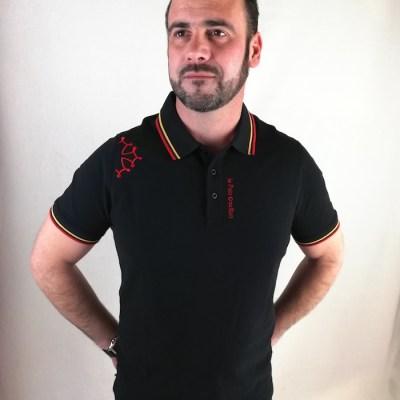 Polo noir avec croix occitane brodée