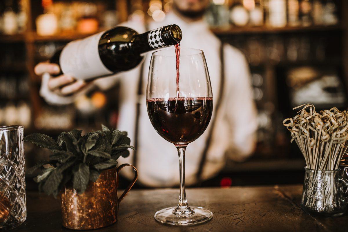 Vinglas sommelier vinprovning online kurs