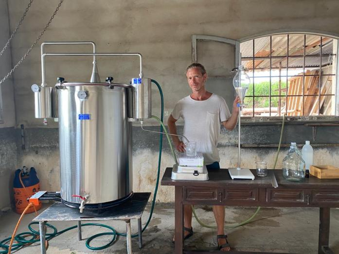 Viti Vinci - Oliver Indri - Alambic et distillation