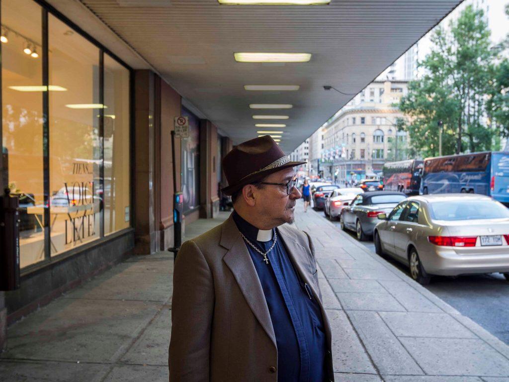 «Je suis prêtre et toxicomane»